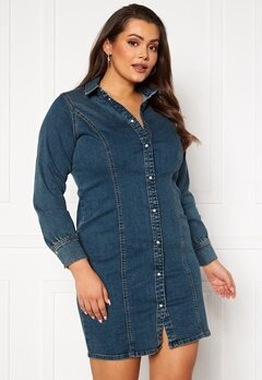 Vero Moda Curve Polena LS Denim Dress Medium blue denim Bubbleroom.dk