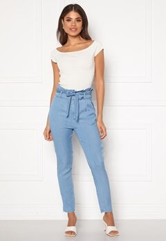 VERO MODA Eva HR Paperbag Pant Light Blue Denim Bubbleroom.dk