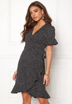 VERO MODA Henna 2/4 Wrap Dress Black/Dots Bubbleroom.dk