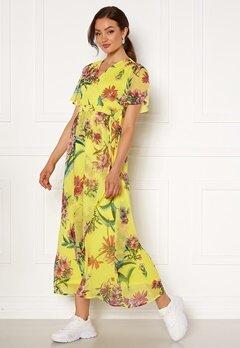 VERO MODA Wonda S/S Wrap Maxi Dress Celandine AOP Bubbleroom.dk