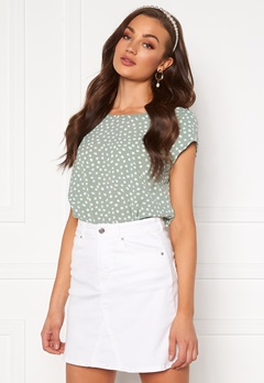 ONLY Vic SS Aop Top Chinois Green/ Dot Bubbleroom.dk