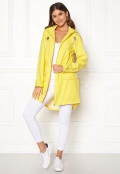 VILA Cloud Rain Jacket Lemon Zest Bubbleroom.dk