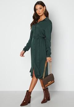 VILA Dania Belt L/S Shirt Dress Darkest Spruce bubbleroom.dk