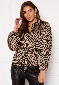 VILA Malas L/S Shirt Dusty Camel W Zebra Bubbleroom.dk