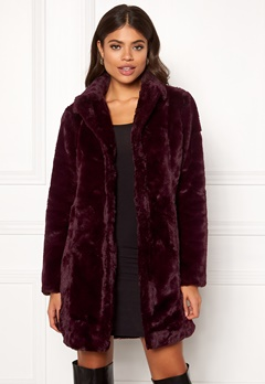 VILA Softa Faux Fur Coat Winetasting Bubbleroom.dk