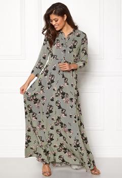 VILA Valene 3/4 Sleeve Maxi Dress Chive Bubbleroom.dk