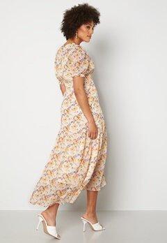 Y.A.S Nilima 2/4 Wrap Ankle Dress Eggnog Floral AOP Bubbleroom.dk