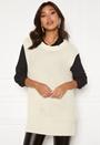 Manja knitted vest