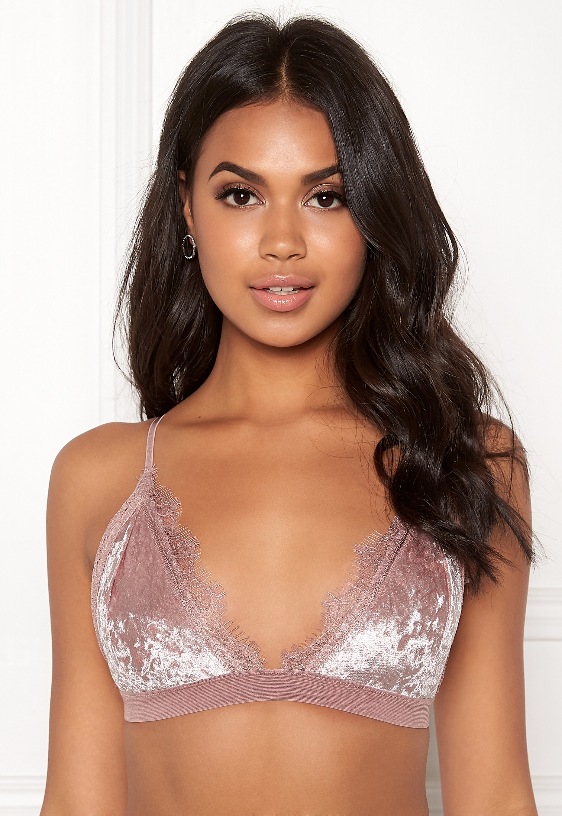 9d3235a5 BUBBLEROOM Wilda velvet bra Dusty pink - Bubbleroom