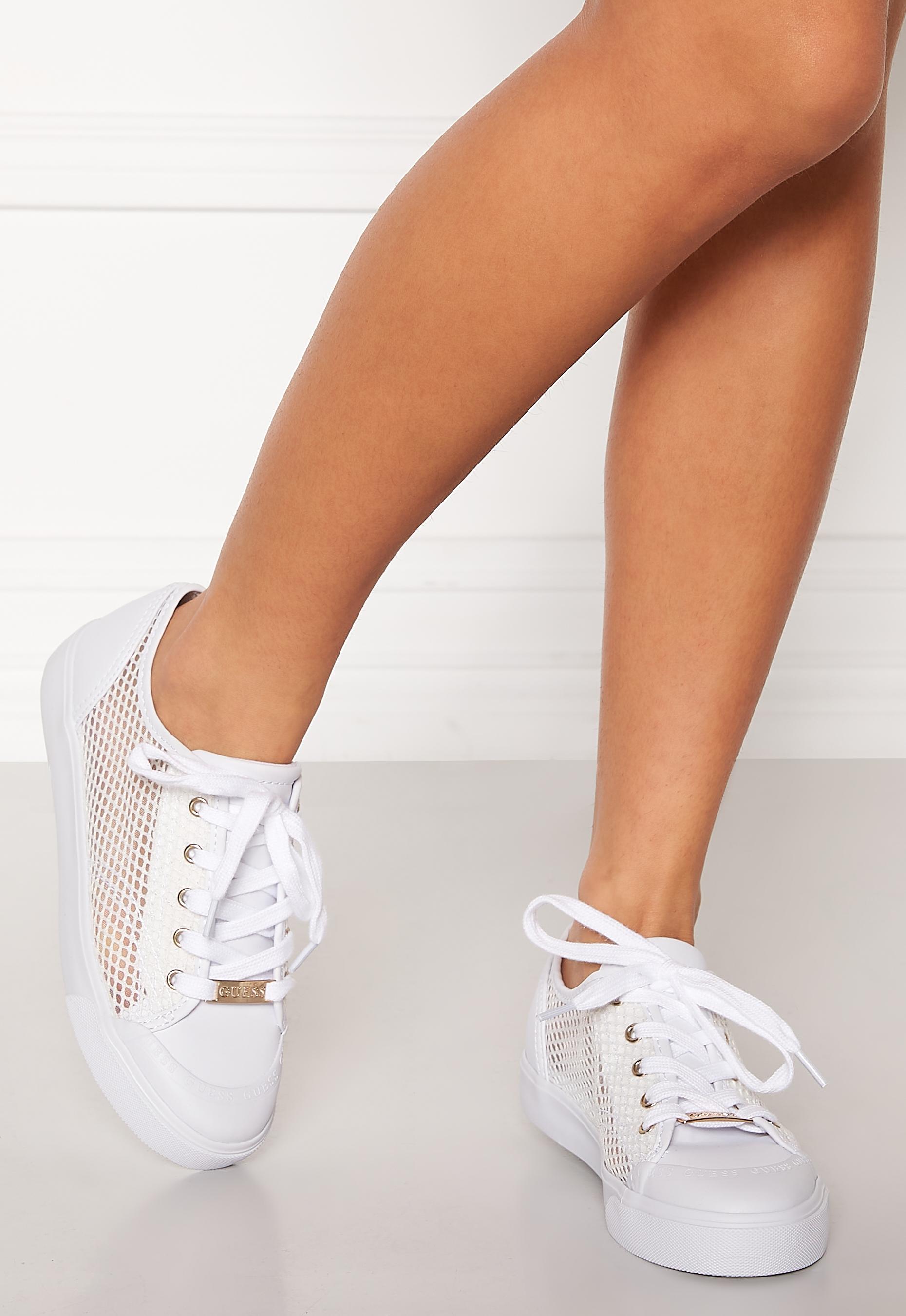 Guess Gitney 4 Sneakers White Bubbleroom